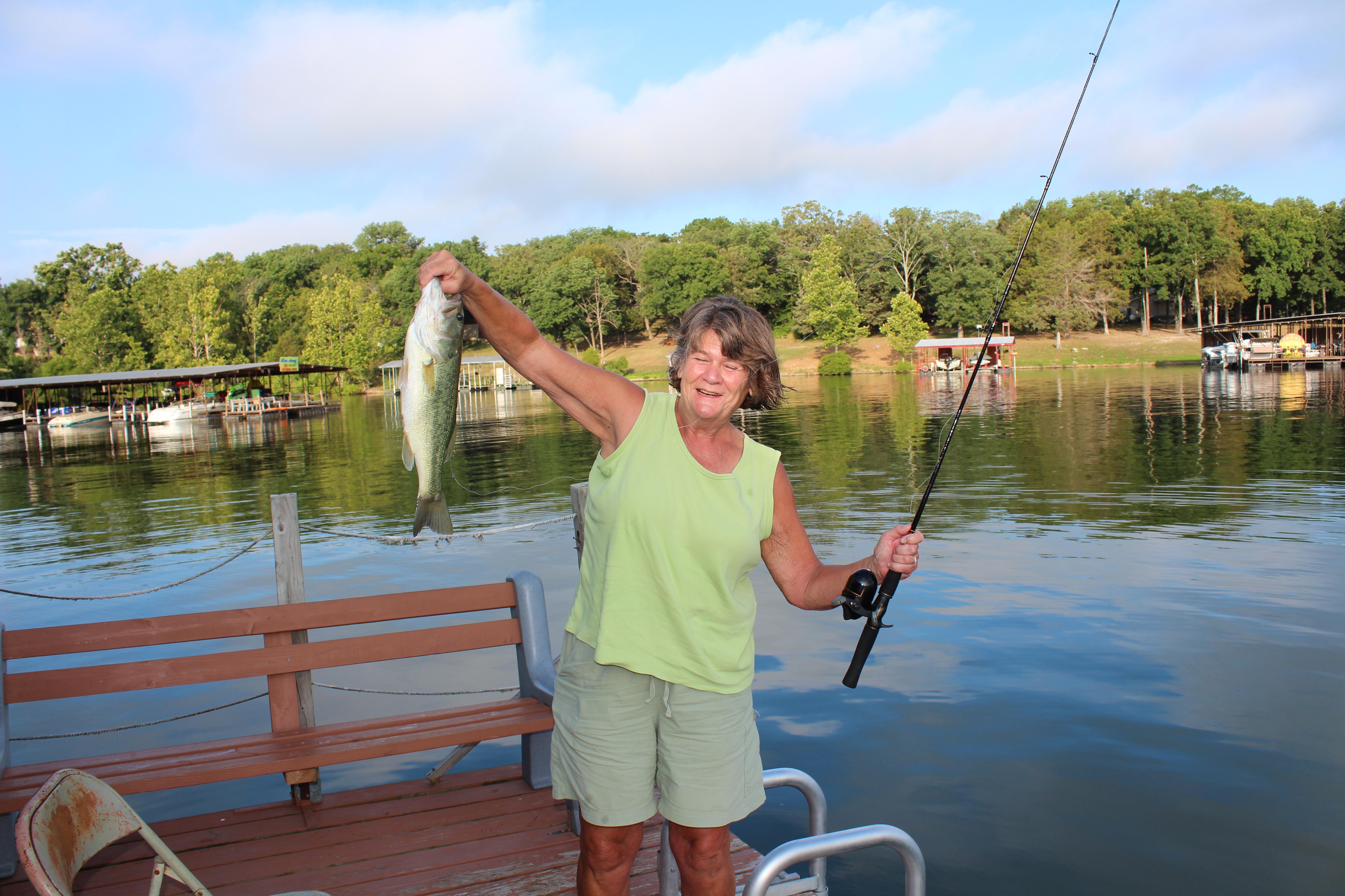 Fishing double oak resort on table rock lake for Table rock lake crappie fishing